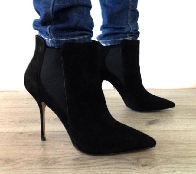 buffalo enkellaarsjes, nerderlandse fashionblog, the fashiournalist, black ankleboots