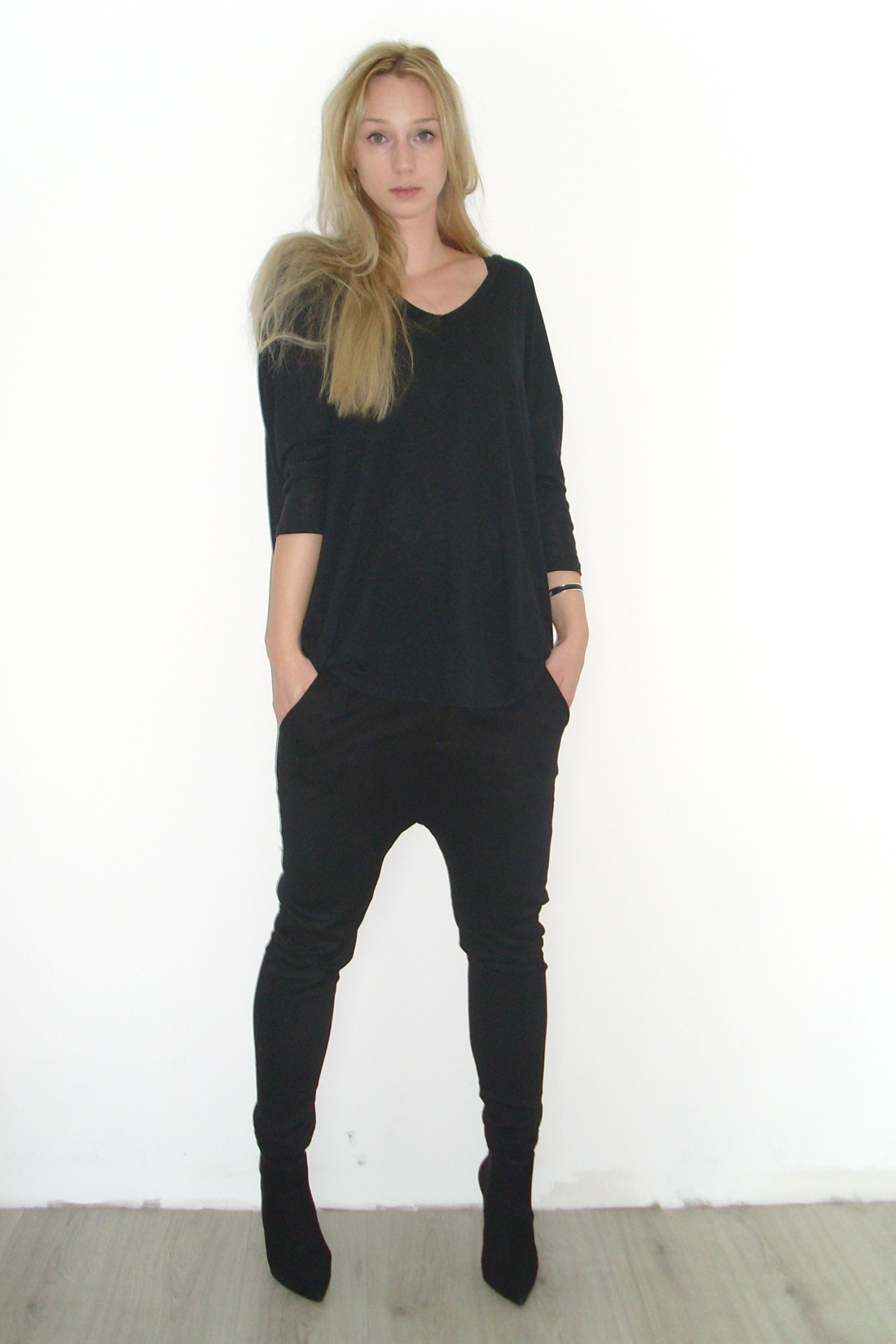 all black outfit, buffalo, ankeboots, the fashiournalist, dutch fashion blog, the fashiournalist