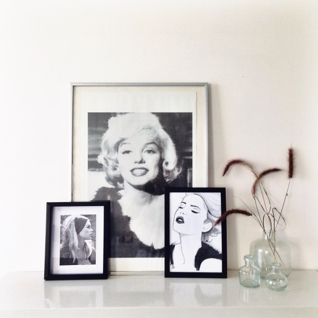 brigitte bardot interior, marilyn monroe, art, black and white interior,
